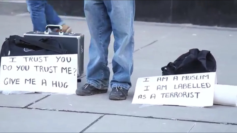 Mov(i)es : Des hugs pour désamorcer la peur